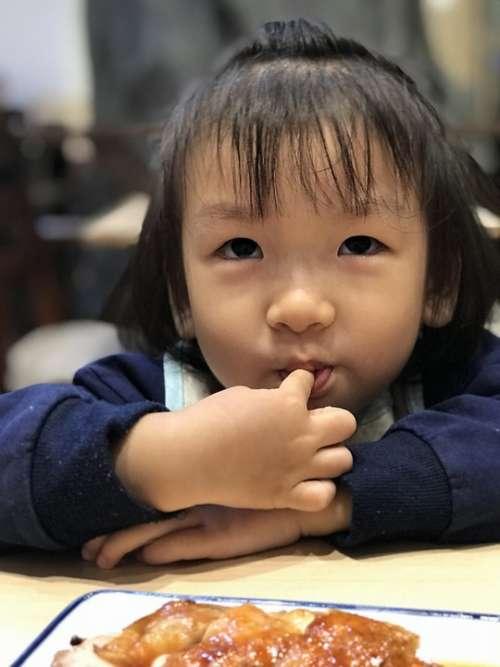 Children Gourmet Naive Shy Kids Expression Girls