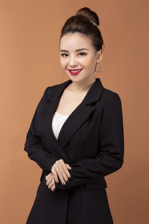 Fashion Asian Japanese Chinese Beautiful Woman