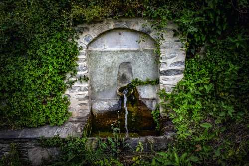 Fountain Stone Water Old Architecture Village