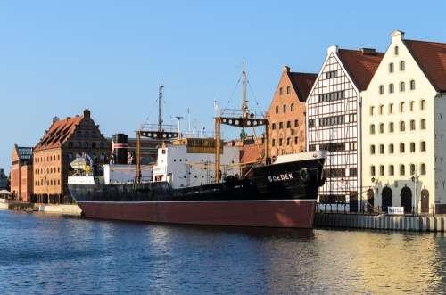 Gdansk Gdańsk Poland Granary Garner Ship Boat