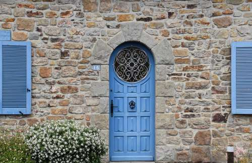 House Gate Round Door With Stained Glass Window