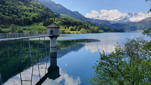 Kaiserstuhl Lungern Switzerland Mountains Lake
