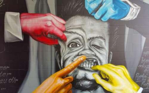 Mural Graffiti Street Art Wall Facade Spray