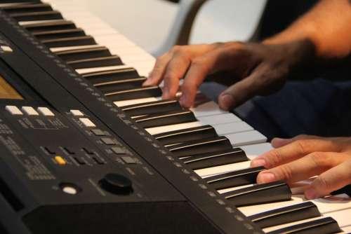 Play Music Instrument Key Keyboard