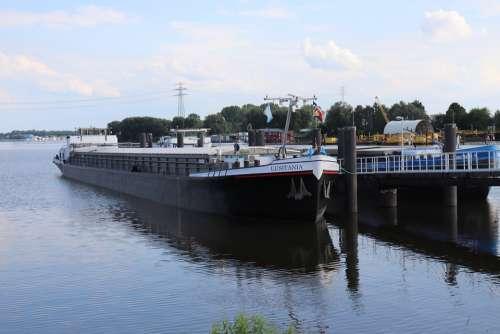 Ship Lake Water Cargo Shipping Sea