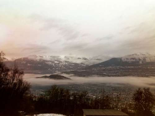 Swiss Landscapes Rain Mountain Clouds Dark Light