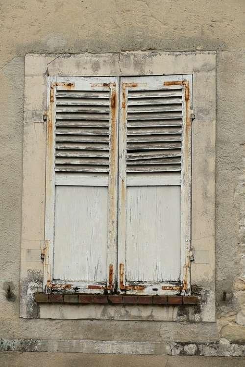 Window Liège Wall Facade Rust Neglect Expiration