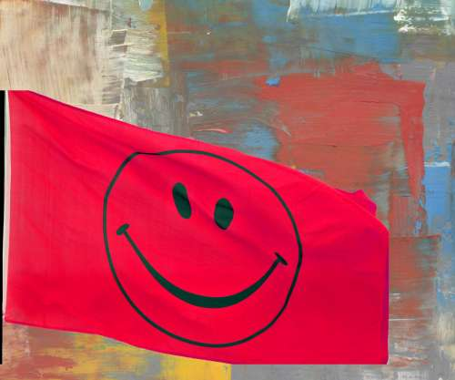 Smiley Flag Red