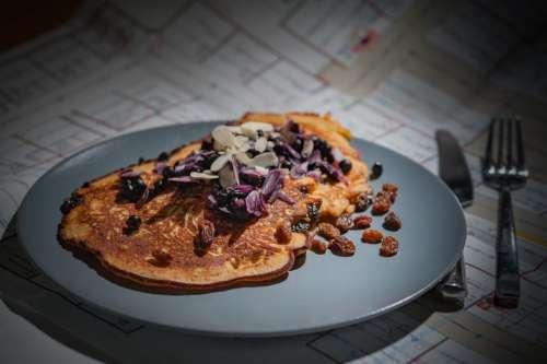 plate food pancake breakfast delicious