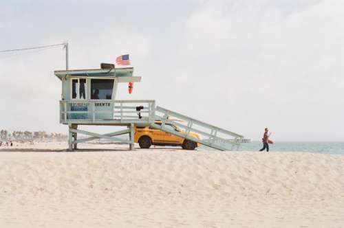 beach sand lifeguard truck suv