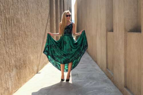 fashion woman dress green sunglasses