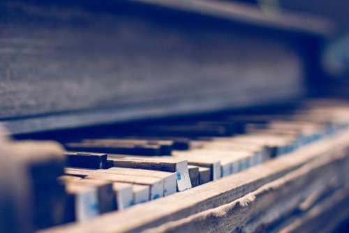 piano vintage oldschool music instrument
