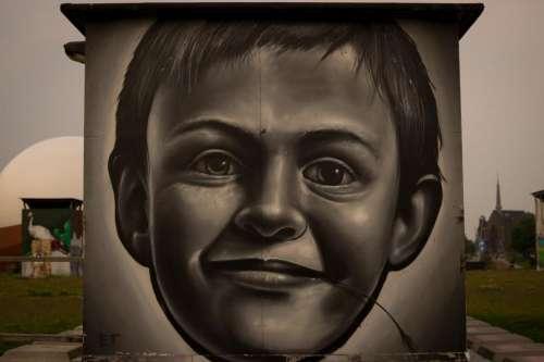 street art spray paint mural wall