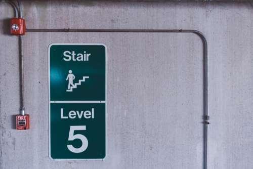 building wall sign level floor