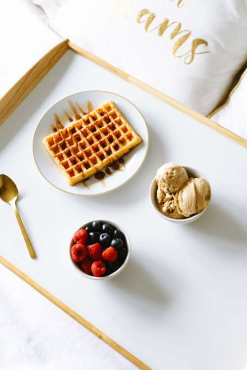 waffles breakfast berries top view