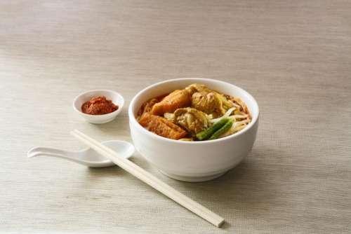food noodle soup chili sauce
