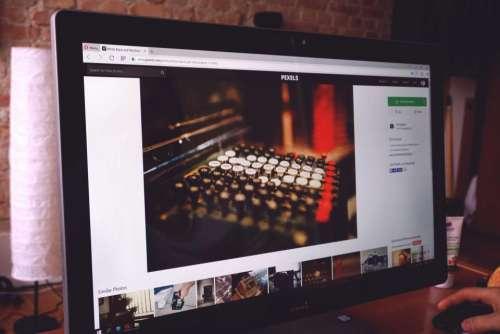 desktop computer monitor screen technology