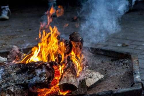 bonfire flames fire wood fire pit