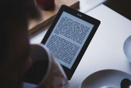 kindle e-reader technology reading book