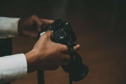 camera slr photography photographer hands