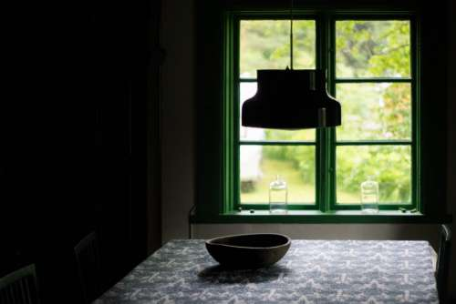 window pane glass dine light