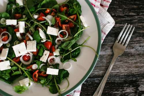 salad tomato lettuce cheese feta