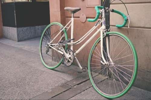 bike bicycle wall street building