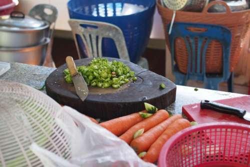 knife vegetable carrot ingredients food