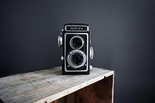 camera lens photography ikoflex wooden