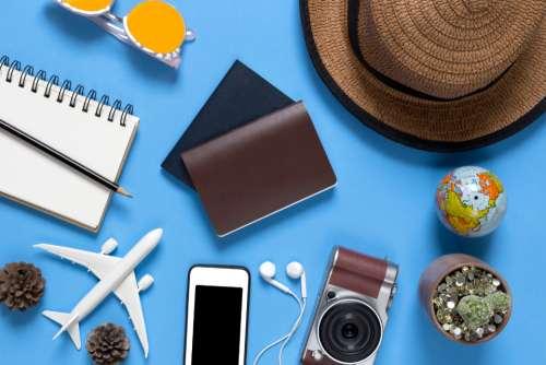 camera essentials fashion flat frame