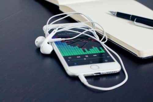 iphone smartphone mobile headphones earbuds