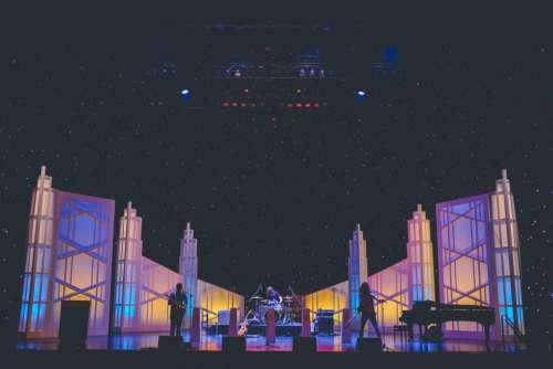 night concert singer singing stage