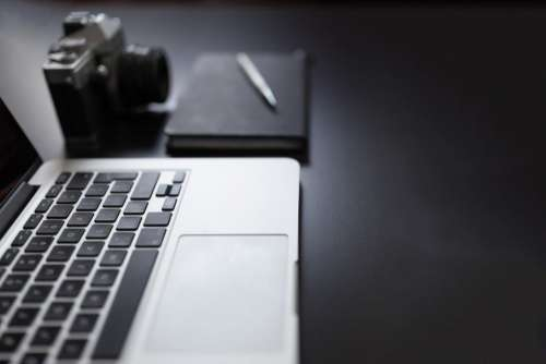 macbook laptop computer technology notepad
