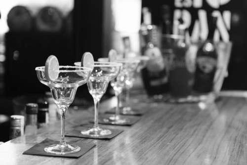 bar cocktail glass lemon lime