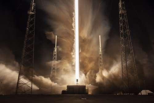 rocket liftoff smoke takeoff launch