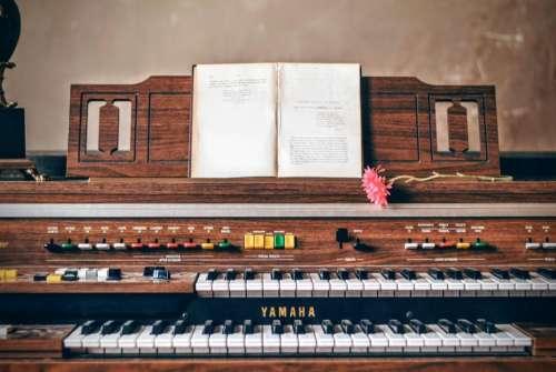 piano keyboard music instrument book