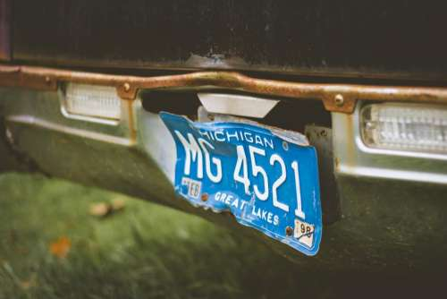car vehicle plate number blur