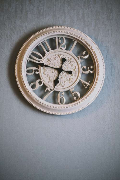 contemporay wall clock time antique