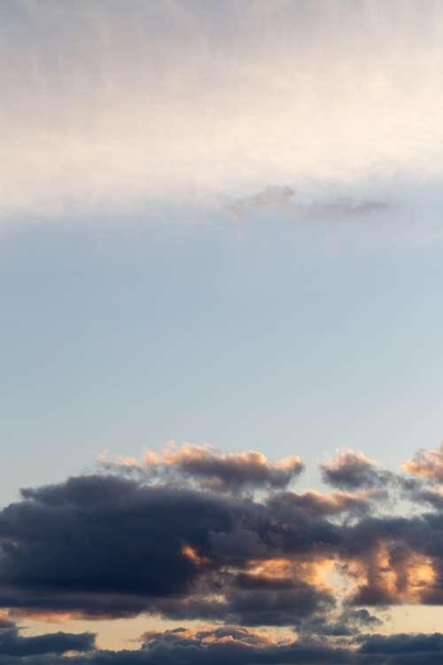 clouds dusk puffy dawn sky