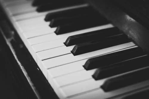 piano keys music instrument audio