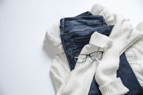 white sneakers jeans scarf blue