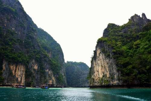 lake water boat sailing green