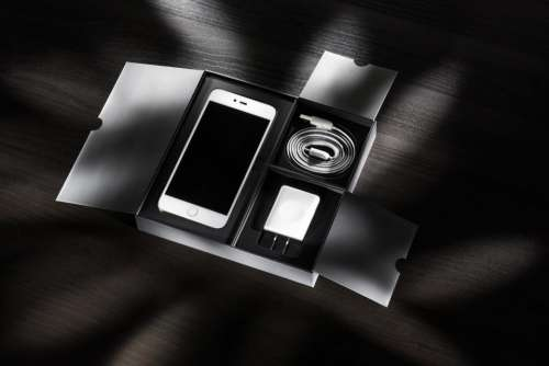 phone cellphone apple iphone black