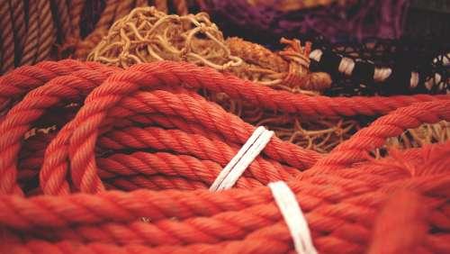 ropes boat marina