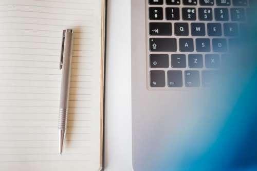macbook laptop computer technology notebook