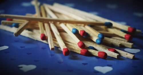 matches macro match blue red