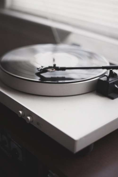 vinyl music sound old technology