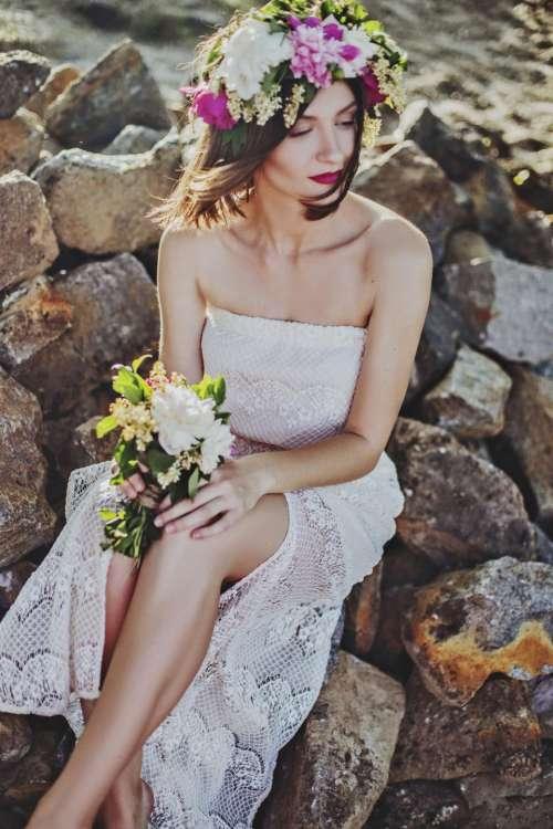 people woman wedding dress bouquet