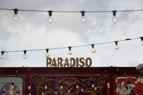 still signage paradiso themed park