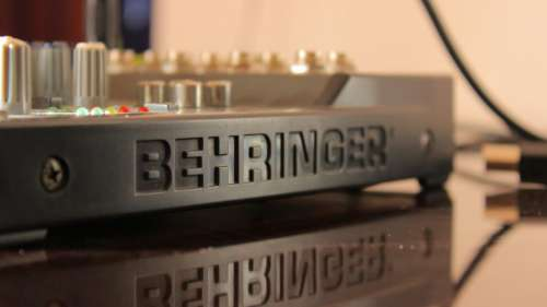 behringer product stereo amplifier sounds